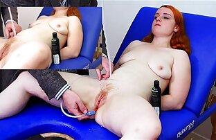 دختر دانلود رایگان فیلم سکسی هندی با موهای تیره licks روی تخت و نشان می دهد بیدمشک طاس او