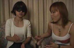 لیودمیلا نشان می دهد, در یک دانلود فیلم سکسی رایگان کم حجم گربه runetki